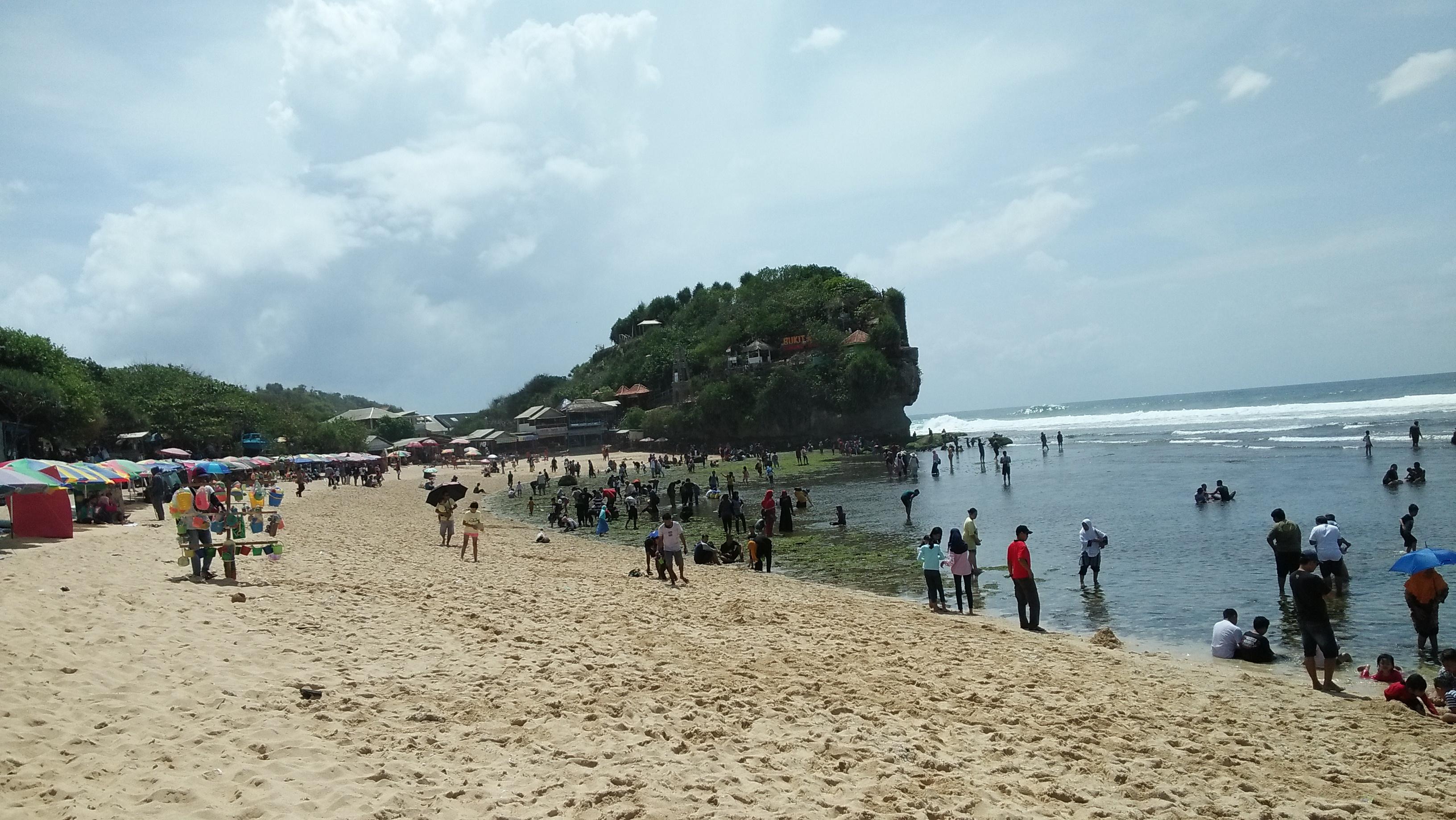 Mengisi Liburan di Jogja, Yuk Pergi Ke Pantai Indrayanti